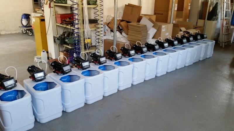 Impianto addolcitore acqua domestico prezzi raccordi - Impianto acqua casa ...